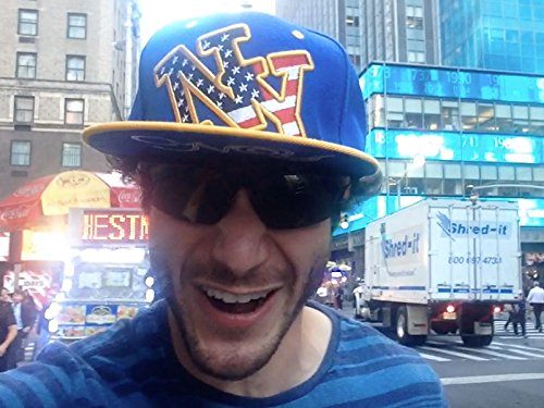 Overly Excited Tourist Goes Berserk In New York City (Places Of Tourist Interest In New York)