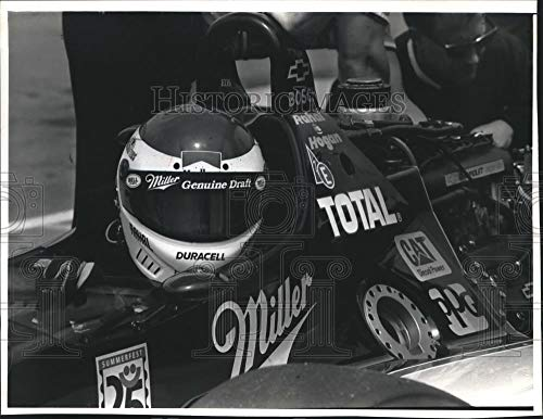 (1992 Press Photo Miller Genuine Draft Race Car Driver Bobby Rahal Practising)