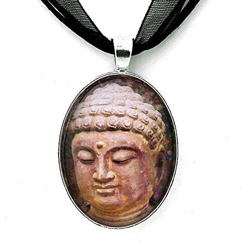 (The Serene Face of Buddha Handmade Art Pendant)