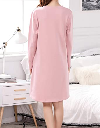 6edd1155bf Amazon.com  Vopmocld Big Girls Winter Sleep Shirts Cute Star and Moon  Nightgown Loungewear Dresses  Clothing