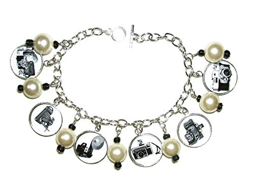 CAMERA PHOTOGRAPHER CHARM BRACELET VINTAGE ILLUSTRATIONS ALTERED ART SILVER PLATED CHARM DROPS