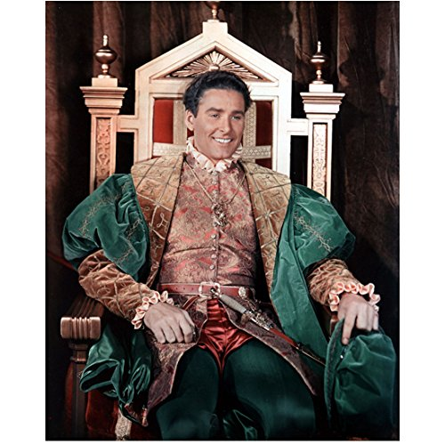 Hollywood Adventures Costumes (Errol Flynn 8 Inch x10 Inch Photograph The Adventures of Robin Hood Captain Blood The Sea Hawk Wearing Green/Gold Costume Seated & Smiling kn)