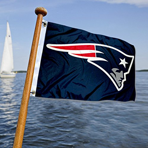 Wincraft New England Patriots Boat and Golf Cart Flag -