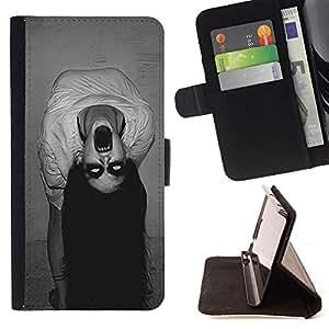 /Skull Market/ - POSSESSED WITCH SPOOKY SCARY DEMON For Sony Xperia Z1 Compact D5503 - Caja de la carpeta del tir???¡¯???€????€???????