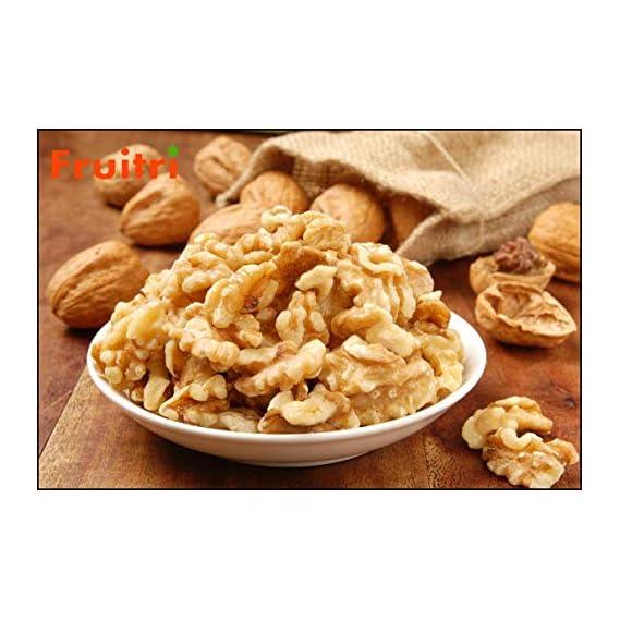 Fruitri California Walnuts Without Shell, Light Golden Akhrot Giri 1Kg