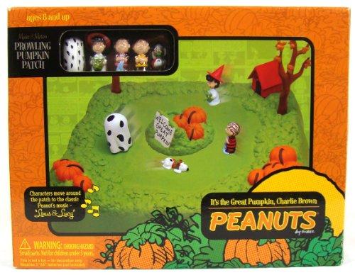 It's the Great Pumpkin Charlie Brown Music & Motion Prowling Pumpkin (Lucy Van Pelt Halloween Costume)