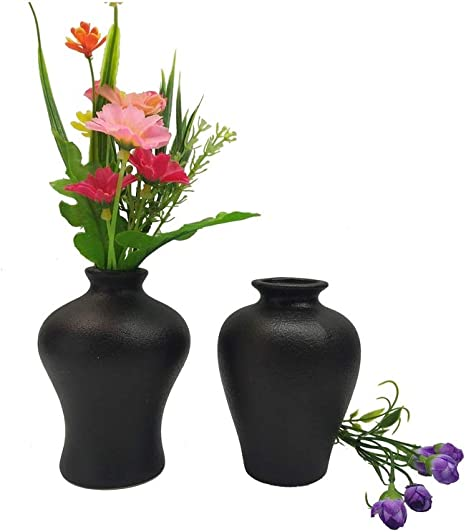 Amazon Com 2 Piece Black Vase Set Mini Flower Bouquet Holder Matte Pottery Jars Unique Mini Decorative Ceramic Vases Cute Ornament Bottles Accessories In Home And Office Black Set B Kitchen Dining