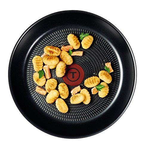 Tefal Extra Omelette Pan, 20 cm - Black