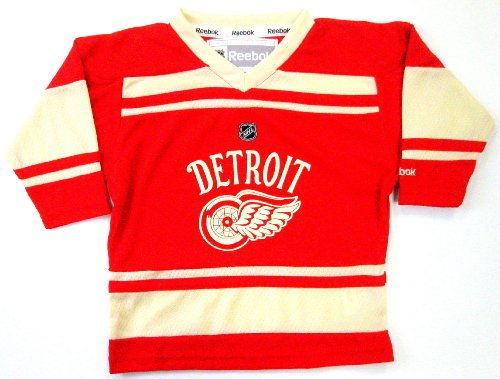 Detroit Red Wings NHL Winter Classic Youth Size Team Jersey Red (Youth L/XL)
