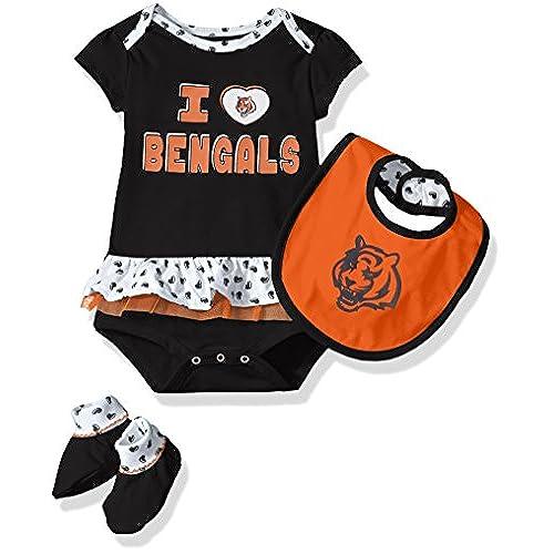 90c990ede ... 50% off 30908 05224 NFL Girls Newborn Cincinnati Bengals Team Love  Onesie