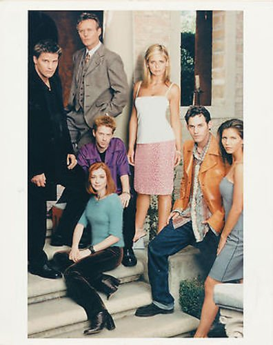 SARAH MICHELLE GELLAR/CAST/BUFFY THE VAMPIRE SLAYER/8X10 COPY PHOTO BB3181