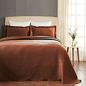 Image of 3 Piece Country Brown Bedspread Set Whimsical Geometric Detailed Matelasse Celtic Circle Design Bedspreads Full Size Luxurious Textured Scalloped Edged Decorative Cotton Jacquard Shabby Chic Bedding Home and Kitchen
