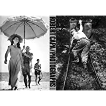 Robert Capa: Photographs (Aperture Monograph) by Richard Whelan (2005-06-15)