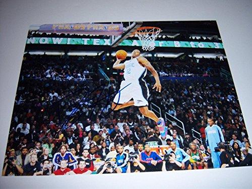 Signed Dwight Howard Photograph - W coa 11x14 - Autographed NBA Photos