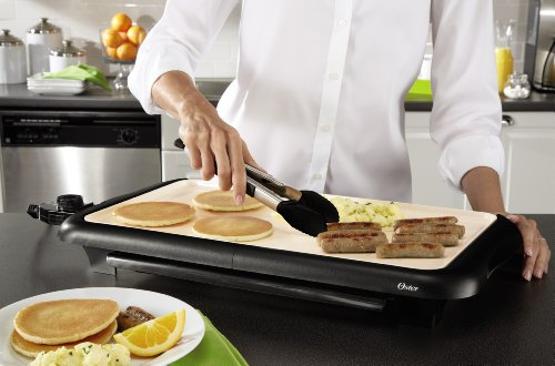 Oster Titanium Infused DuraCeramic Griddle with Warming Tray, Black/Crème (CKSTGRFM18W-TECO) by Oster (Image #4)