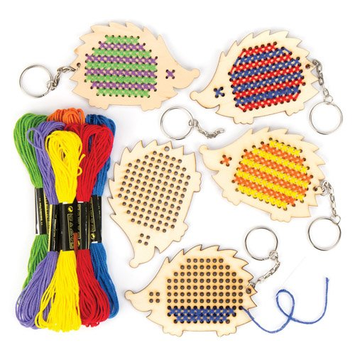 (Baker Ross Wooden Hedgehog Cross Stitch Keyring Kits for Beginners (Pack of 5) Embroidery Set with Thread for Kids)