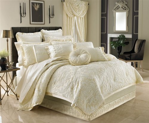 Marquis Queen 4-Piece Comforter Set by J Queen