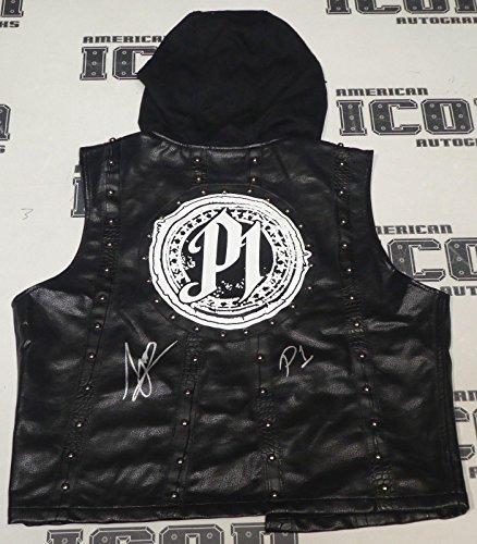 (AJ Styles Signed Authentic WWE Vest BAS Beckett COA Wrestlemania 33 34 Autograph - Beckett Authentication)