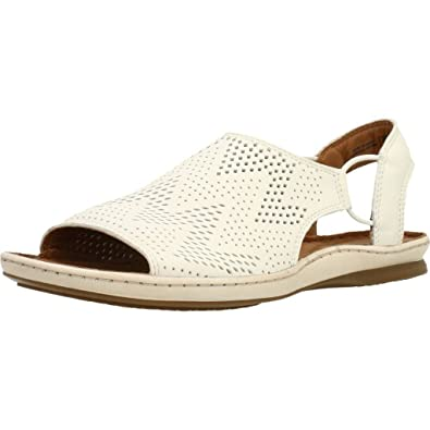 ff59282f14f Clarks Women s Sarla Cadence Closed Toe Sandals  Amazon.co.uk  Shoes ...