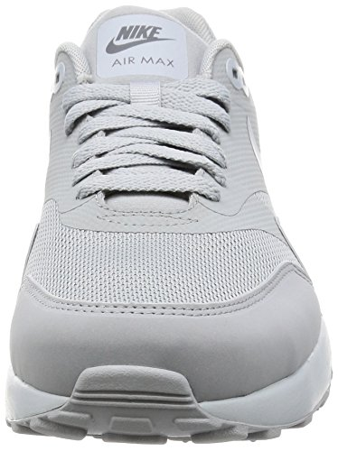 Nike Air Max 1 Ultra 2.0 Essential, Zapatos para Correr para Hombre Multicolor (Wolf Grey/wolf Grey-pure Platinum)