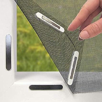 Hoberg Mosquitera con innovadora fijación magnética para la ventana | Se puede cortar individualmente hasta 150 x 130 cm | Sin taladrar ni atornillar | 16 clips magnéticos