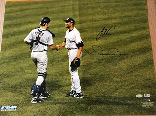 Joe Mauer And Mariano Rivera Dual Autographed Signed Shaking Hands 16x20 Photo -