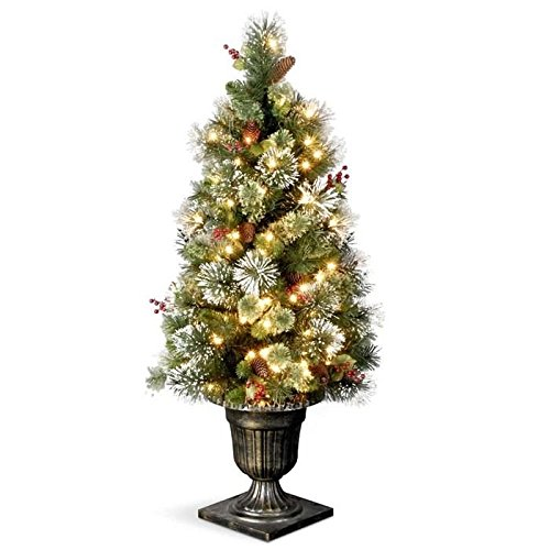 Artificial-Christmas-Tree-with-Clear-Lights