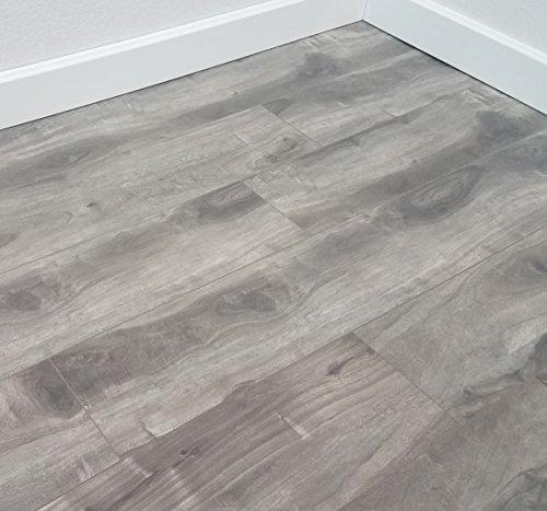 Maple Laminate Floor (Turtle Bay Floors Ballard Grey Spalted Maple Plank Floating Laminate Flooring 12mm (SAMPLE))