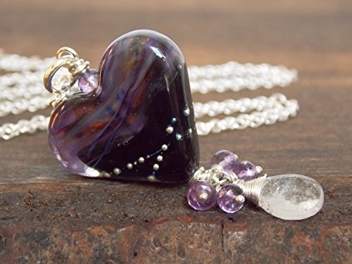 (Purple Black Lampwork Heart Cluster Necklace)
