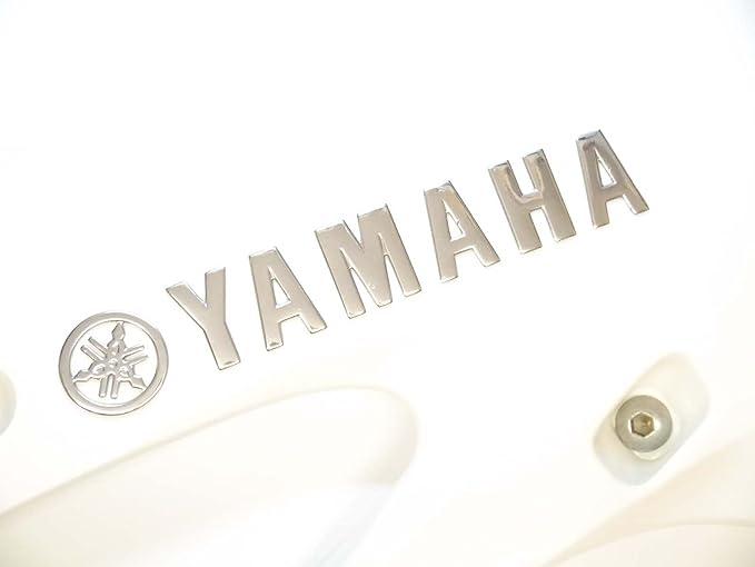 2 x Cromado Yamaha Motocicleta Emblema Insignia Moto Tanque De Gasolina De Combustible Pegatina: Amazon.es: Coche y moto