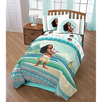 4 Piece Girls Disney s Moana Movie Themed Comforter Twin Set  Cute Moana  and Pua The. Amazon com  Disney Moana Comforter and Sheets 5pc Bedding Set