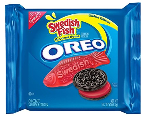 limited-edition-swedish-fish-oreo-sandwich-cookies-107-oz