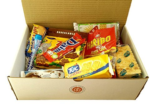 World Box Snack Sampler Variety Candy Mix from All Over The World (Monthly Snack Box From Around The World)