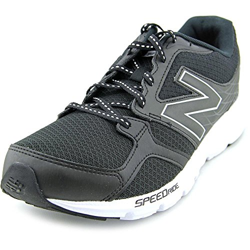 nning Course Black/White Low Top Mesh Shoe - 10.5M ()