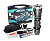 2015 Vers. 820 Lumens Olight M20SX Javelot 404 Yards Long Throwing LED Tactical Flashlight with Diffuser, Premium Holster, two CR123A Batteries and a LumenTac(TM) Battery Organizer Review