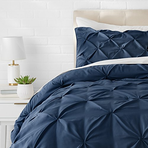 AmazonBasics Pinch Pleat Comforter Bedding Set, Twin, Navy Blue (Navy And Gray Twin Comforter)