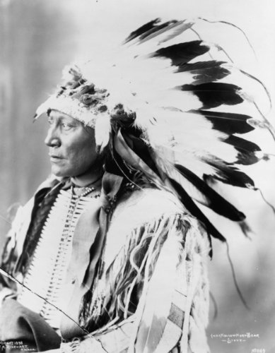 1903 photo Chief Hollow Horn Bear--Sioux Chief Hollow Horn Bear--Sioux Vintag b8 (Bear Hollow)