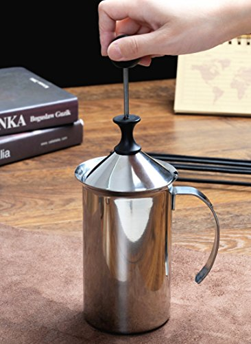 Kingnice 600 ML Stainless Steel Manual Milk Frother for Latte or Cappuccino by Kingnice