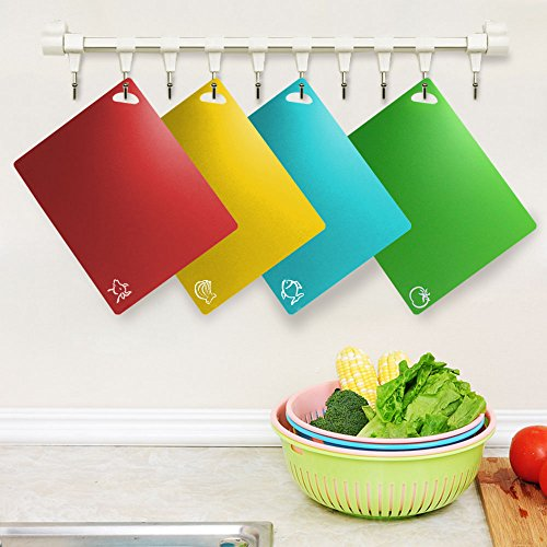 Fu Store Extra Thick Flexible Plastic Kitchen Cutting Board Mats Set, Set of 4 Colored Mats with Food Icons & Easy-Grip Handles, BPA-Free & FDA Approved, Non-Porous by Fu Store (Image #6)'