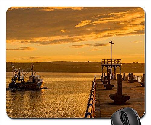 Mouse Pad - Seascape Weymouth Harbour Sea Coast - Coast Hours South