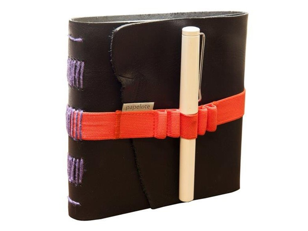 il Torchio - Leather notebook with elastic closure and pen