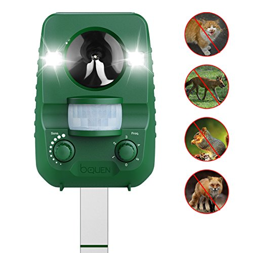 Deer Away Repellent - Cat Repeller Animal Repellent, Solar Powered Ultrasonic Cat Repellent Rechargeable Outdoor Waterproof Motion Activated Strobe Lights, Dog Repeller Squirrel Raccoon Deer Repellent for Garden Yard Lawn