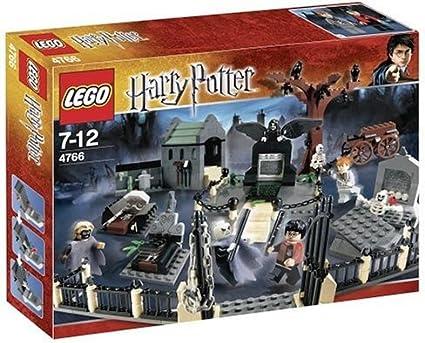 Lego 4766 De Harry Potter Y El Cáliz De Fuego 2005 Cementerio Duelo Por Lego Toys Games