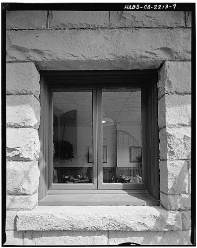 Photo: Larco Building,214 State Street,Santa - Stores Barbara State Santa Street