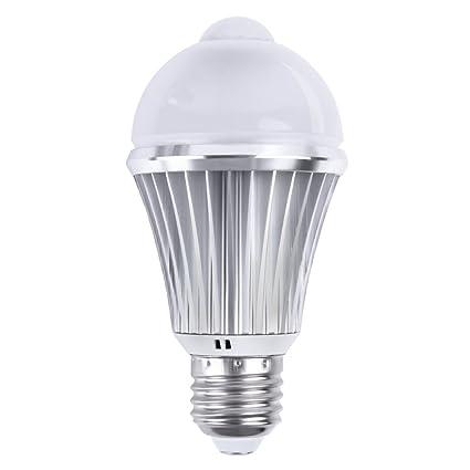Motion Sensor LED Light Bulb, 7W 630Lm E26 110V, Automatic