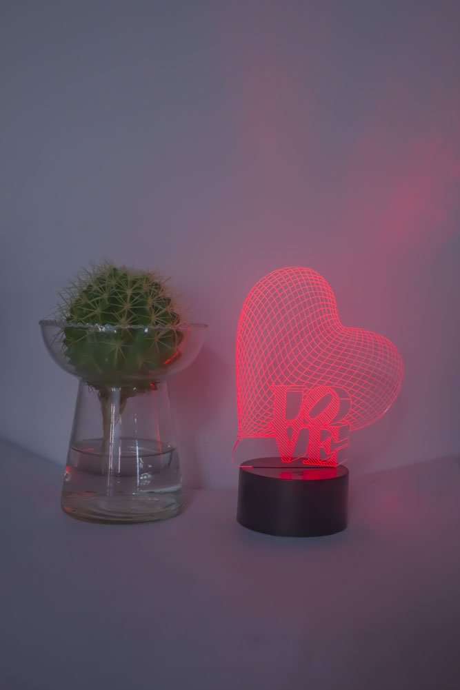 Loveboat USB Powered 7 Colors Amazing Optical Illusion 3D Glow LED Lamp Art Sculpture Lights Produces Unique Lighting Effects and 3D Visualization for Home Decor (LOVE)