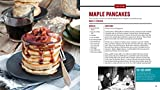 The Official John Wayne Family Cookbook: Recipes and Recollections from Dukes Kitchen to Yours