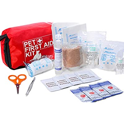 Emergency preparedness kits for pets