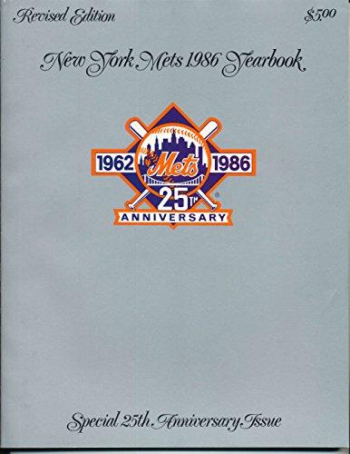 (1986 New York Mets Yearbook Revised)