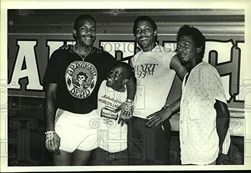 1984 Press Photo Taylor Brothers, Reginald Carter and Circus Train Car Alabama